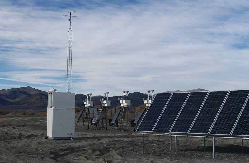 Solar Powered Air Sampling at Mono Lake, California