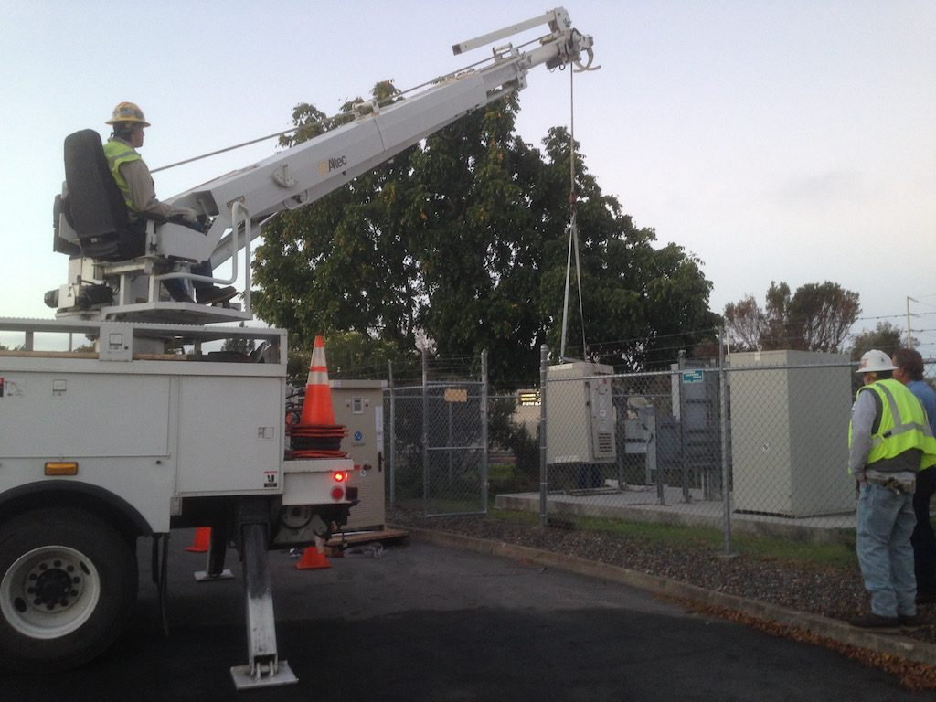 Installation of a commercial 3 phase inverter